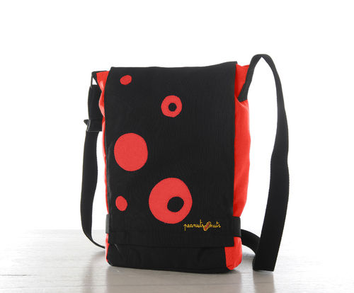 bolso color vermell