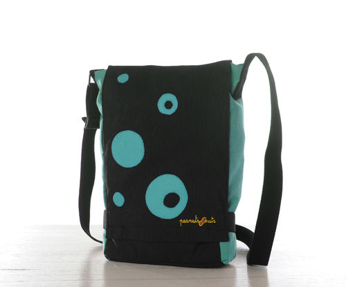 bolso color turquesa